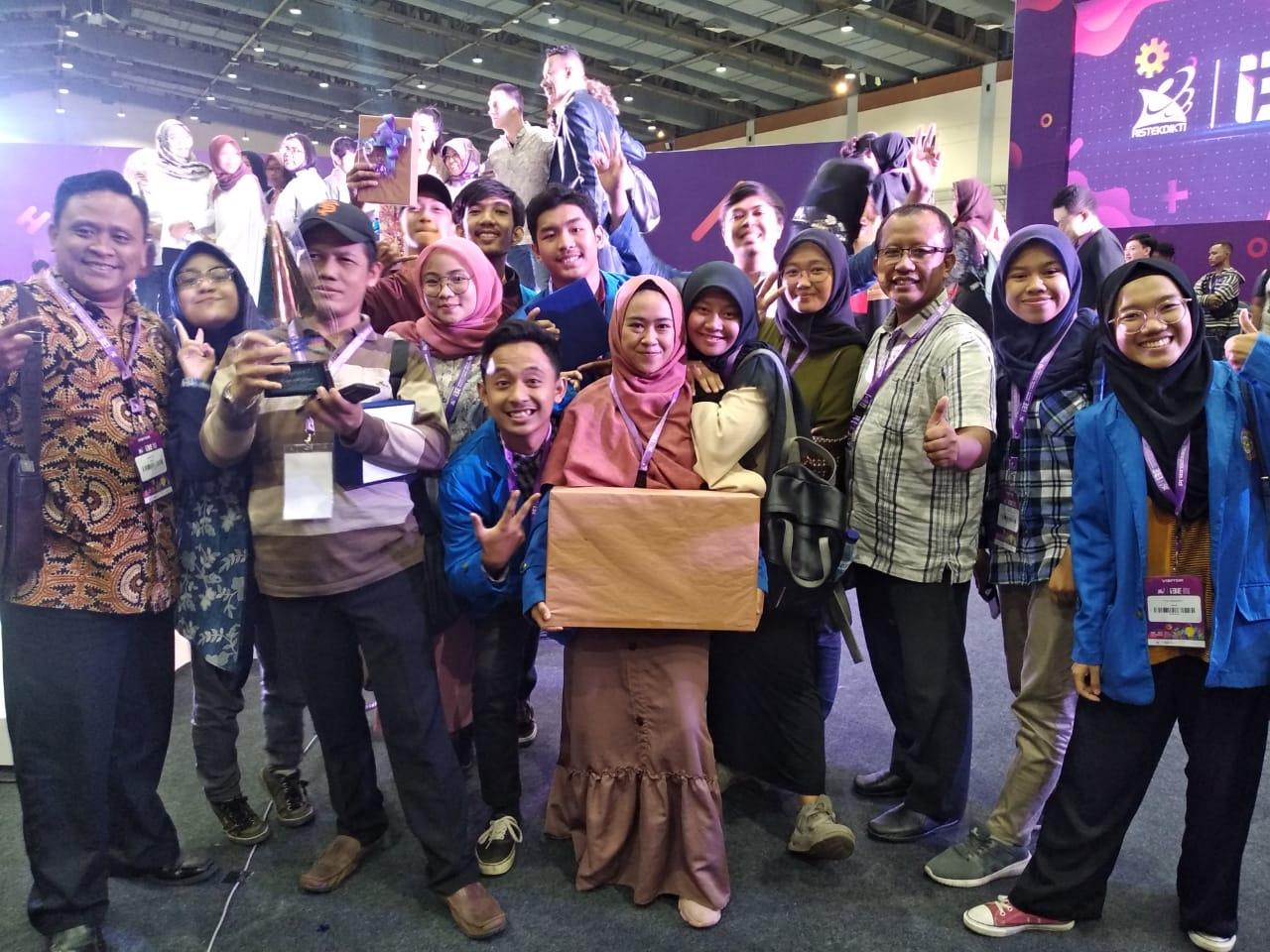 Ubah Pipis Sapi Jadi Pupuk Organik, Mahasiswa Unpam Juarai Kompetisi Inovasi Inovator Indonesia Ekspo (I3E) 2019 Ristekdikti